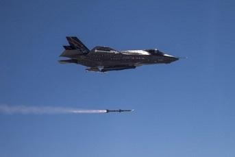 F-35_AMRAAM.jpg