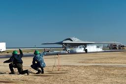 X-47Bcatapa.jpg