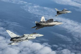F-22RafaleTyhoon2.jpg
