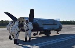 X-37B 2017.jpg